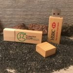 clefs usb publicitaires en bois personnalisées avec logo