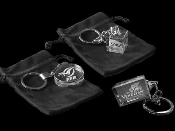porte-clés en verre publicitaires ronds