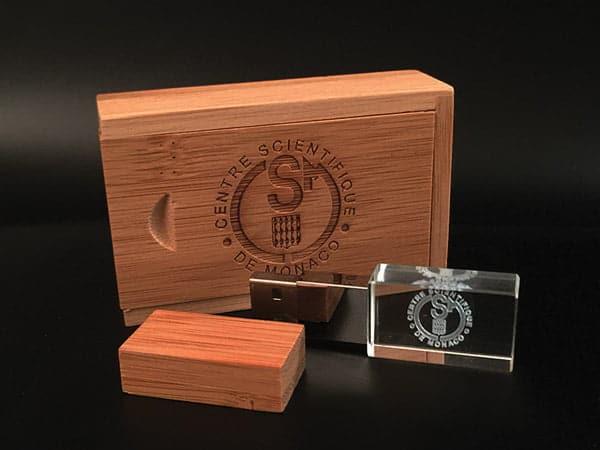 clé usb publicitaire verre et bois avec gravure laser