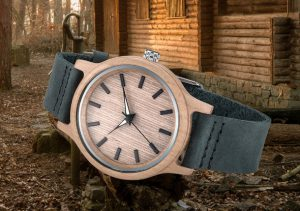 Une montre en bois personnalisable