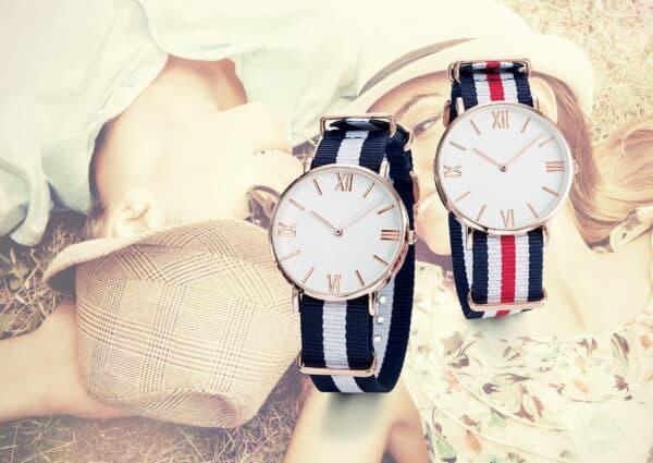Montre et horlogerie personnalisable fabriquées en France. Marquage de votre logo à partir de 25 pcs