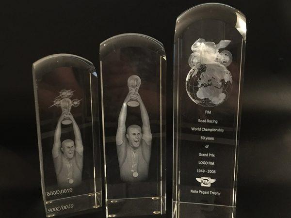 Blocs de verre trophée verre personnalisable