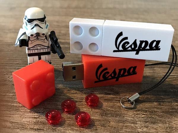 Clé USB Lego personnalisable avec logo