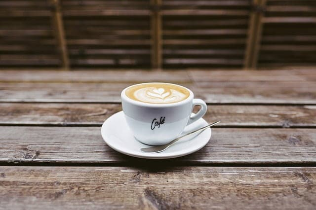 Une tasse à café en céramique, écologique !
